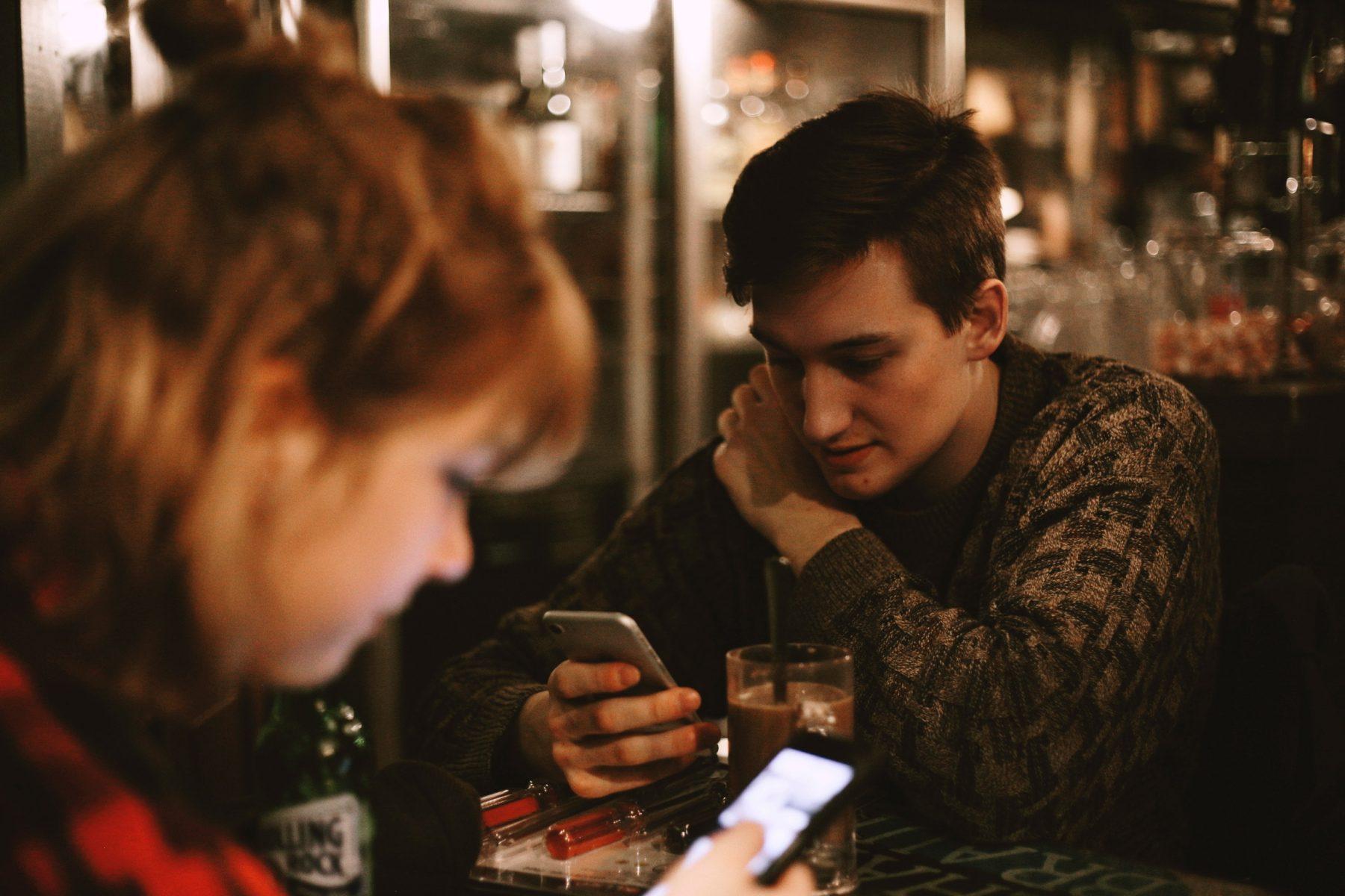 Dating-Beratung für 14-Jährige Biblische Richtlinien für die Datierung von Beziehungen