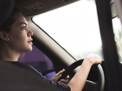 Die aggressiv expandierende Online-Plattform Uber ist derzeit in 450 Städten weltweit aktiv und an der Börse höher bewertet als General Motors, Ford oder Honda.