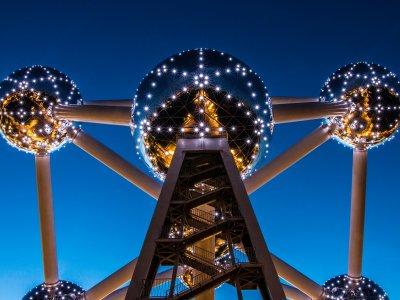 Das Atomium in Brüssel bei Nacht. Foto: David Bruyndonckx