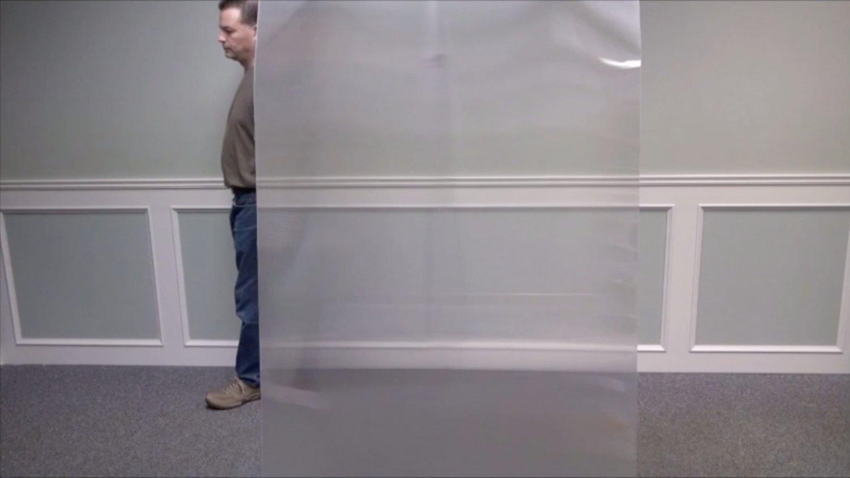 Quasi Unsichtbar: Die Folie Quantum Stealth macht das Unmögliche möglich. Foto: HyperStealth Biotechnology Corp.