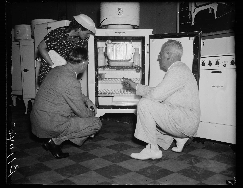 Der Kühlschrank ist ein Musterbeispiel für disruptive Innovationen. Foto: Harris & Ewing, Library of Congress, via Wikimedia Commons, gemeinfrei.