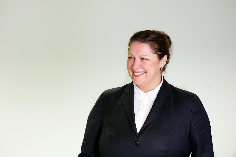 Mirjam Pütz arbeitet bei der Deutschen Bank als Head of Customer Experience sprach mit uns über die Zukunft des Bankings und den Stellenwert von Disruption.  Foto: Mirjam Pütz.