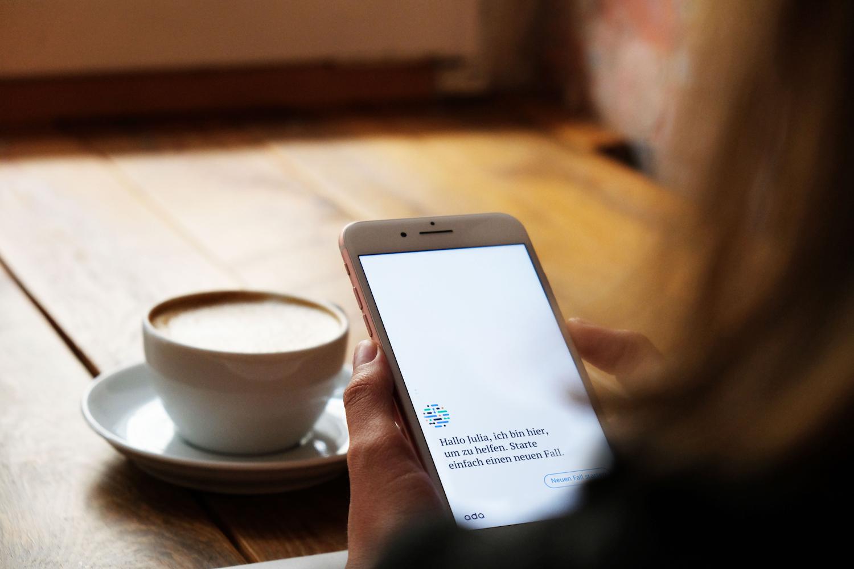 Mithilfe einer eigens entwickelten KI für Symptomerkennung will die mHealth-App Ada medizinisches Personal entlasten. Foto: Ada.